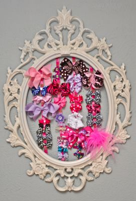 Hair Bow Hanger / Hair Bow Organizer  Would be better with a mirror or hooks for keys...