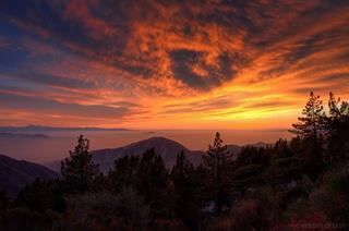 Wow another awesome ‪#‎sunset‬ by Eddie Yerkish Photography taken in the ‪#‎mountains‬ near Big Bear Lake, ‪#‎California‬.