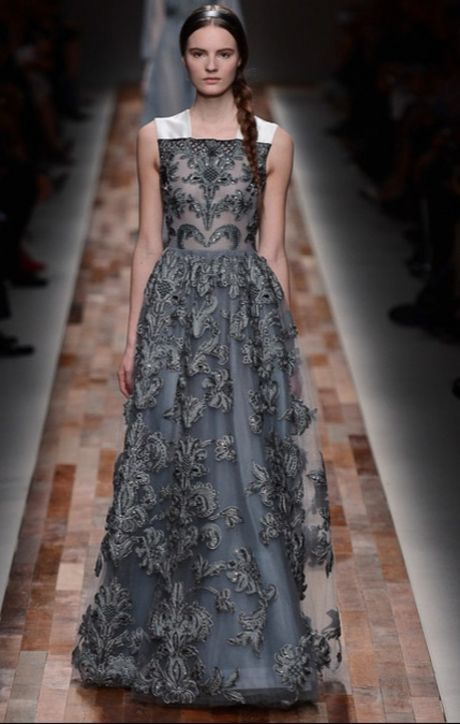 5 Fall 2013 Valentino Gowns Anne Hathaway Should Wear to Make Up For That Whole Oscars Thing