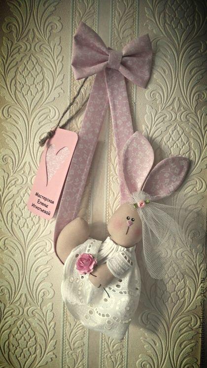 Animais de brinquedo, feitos à mão. Mestres Fair - feito à mão - Pouco coelho -. Handmade.
