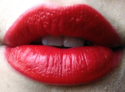 Taylor Swift loves Cover Girl Lip Perfection Lipstick in  #305 Hot Passion