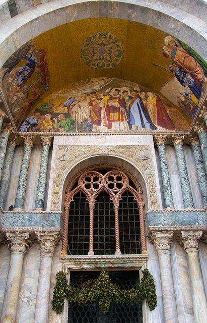 Basilica di San Marco Facade