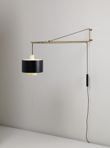 Gaetano Scolari; Brass and Painted Metal Wall-Mounted Lamp for Stilnovo,  c1958.