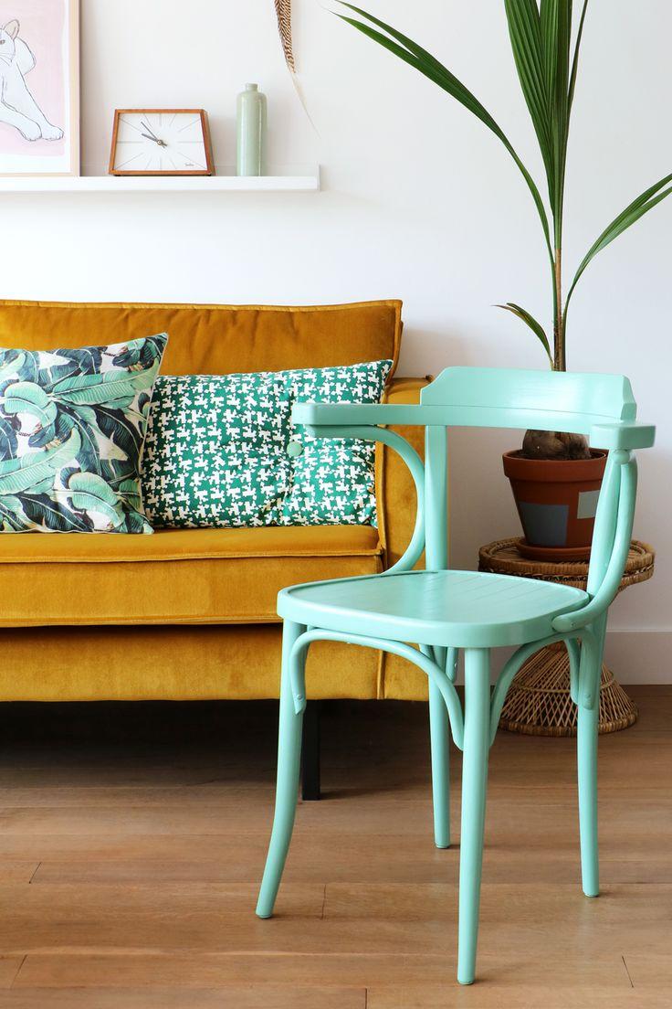 MY ATTIC SHOP / vintage / Thonet / chair / stoel / groen / green / woonkamer / livingroom    Photography: Marij Hessel  www.entermyattic.com