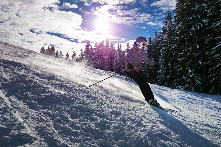 Looking to ski without breaking the bank? The Colorado Gems are 8 smaller ski resorts where the whole family can afford to ski without the crowds.