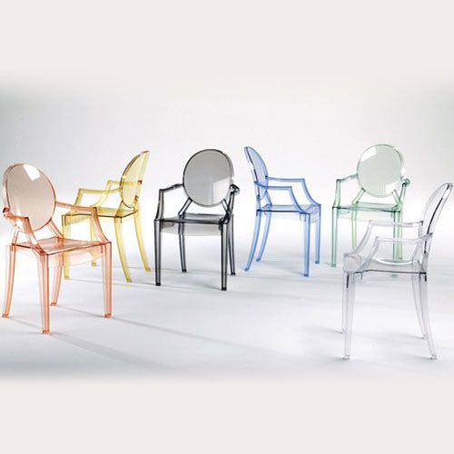 Phillipe Starck Louis Ghost Kartell - these chairs are classic, elegant, minimalist, and very comfortable! #FredericClad #THEFARM