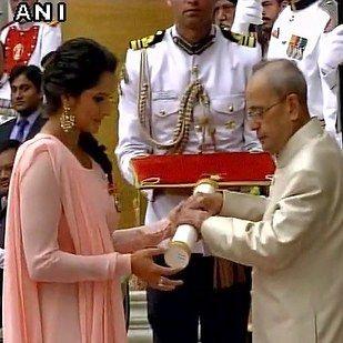 Sania Mirza received a Padma Bhushan award which is the third highest civilian award. | Photos Of Priyanka Chopra, Sania Mirza And Rajinikanth Receiving The Padma Awards