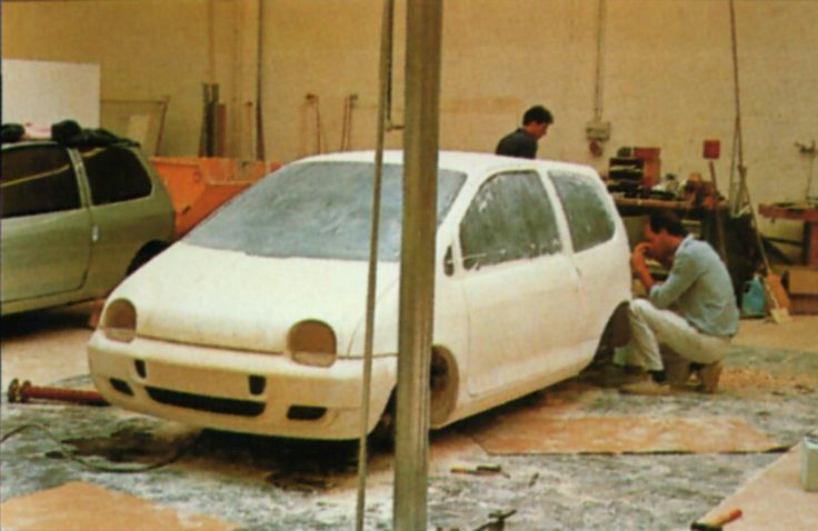 OG | 1992 Renault Twingo Mk1 - Project X06 | Full-size clay model in progress, dated 1988