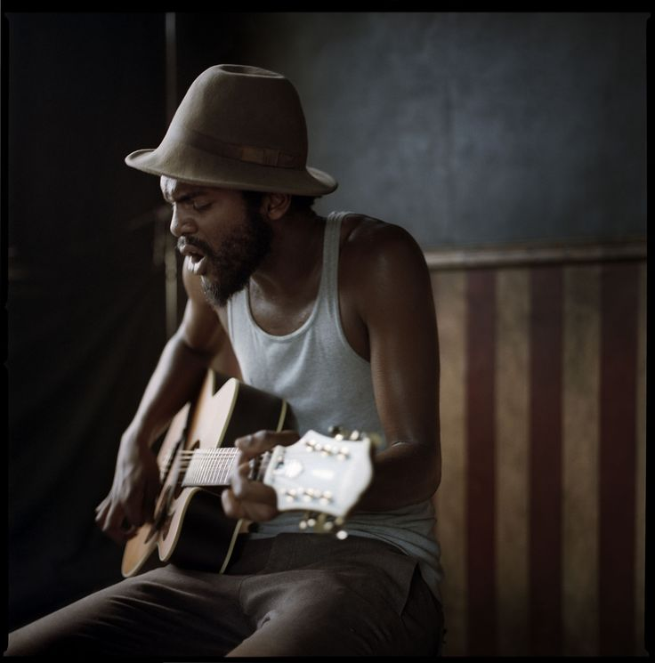 dannyclinch:  Nothing like an intimate jam at my portait spot. Thanks Gary Clark Jr. Bonnaroo 2011  www.dannyclinch.com
