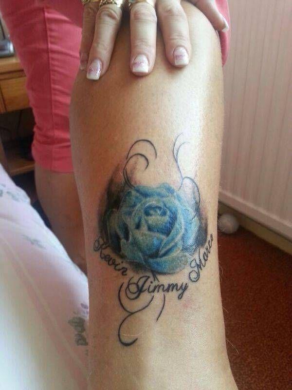 Overweeg je om een bloemen tattoo te laten zetten? Bekijk dan hier onze tattoo voorbeelden en laat je inspireren door de veelzijdige afbeeldingen.