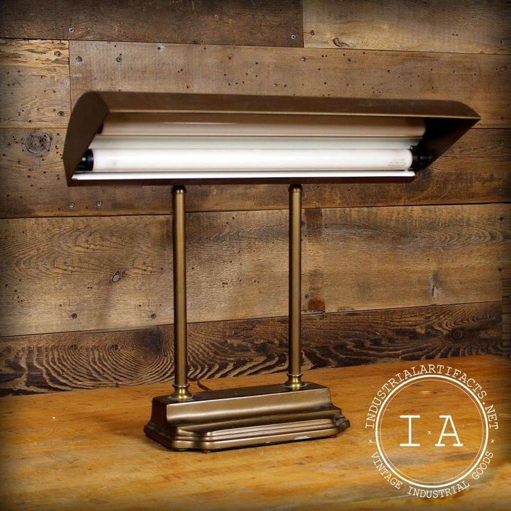 Vintage Industrial Desk Table Piano Bankers Lamp