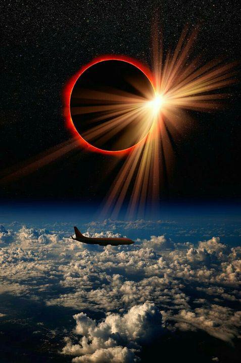 Eclipsă solară totală