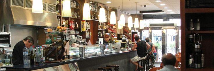 Tres Vilas a locals tapas bar Carrer de Berlín, 22   08014 BARCELONA Phones: 93 410 38 01 / 93 43