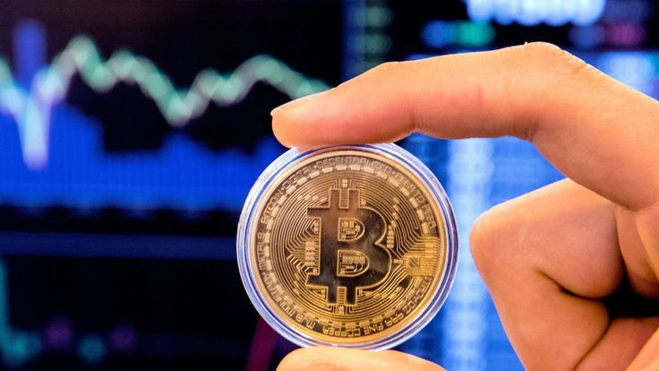 Bitcoin value falls below $6,000 - the lowest level since mid-November    https://news.sky.com/story/bitcoin-value-falls-below-6000-the-lowest-level-since-mid-november-11238582