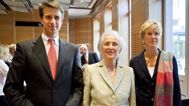 BMW-Erbin: Johanna Quandt (†89) ist tot -  Johanna Quandt mit ihren Kindern Stefan Quandt und Susanne Klatten http://www.bild.de/regional/muenchen/bmw/bmw-aktionaerin-quandt-gestorben-42078220.bild.html
