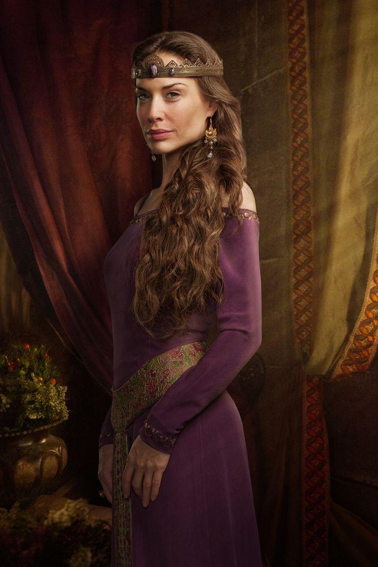 Queen Igraine - Claire Forlani - Camelot