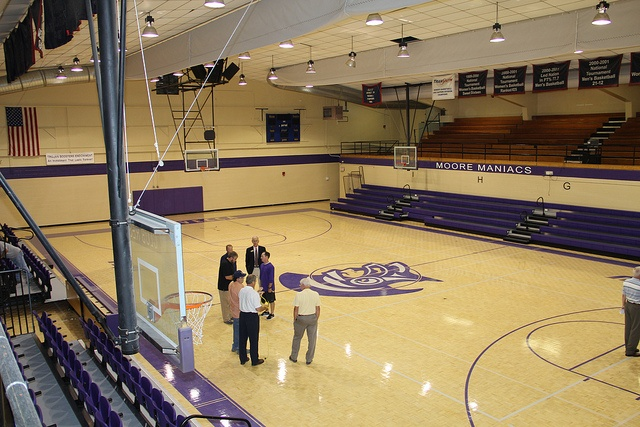 Moore Gymnasium home to the Moore Maniacs!Trevecca Nazarene, Favorite Places, Nazarene Universe, Moore Maniac, Moore Gymnasium, Hills Stands