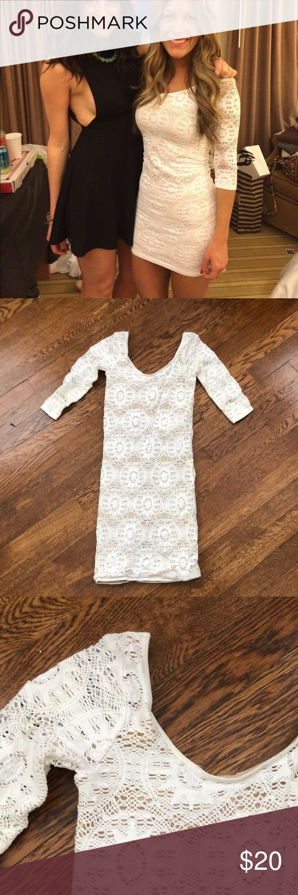 Arden b. Bodycon white dress Arden B. Bodycon dress with lace style design. Soooooo flattering. Nice thick material that bugs you in all he right places. Not see through at all. Wore it once for my bachelorette party. Perfect for all things bridal. Arden B Dresses Mini
