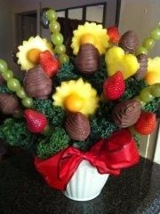 DIY! My homemade Edible Fruit Arrangement, I am so proud of myself. Way to go Emmajesty!
