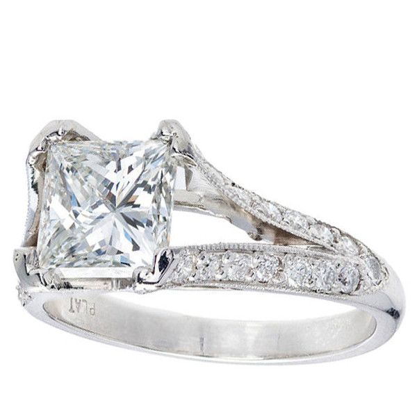 Preowned Diamond Platinum Engagement Ring (€28.245) ❤ liked on Polyvore featuring jewelry, rings, multiple, preowned engagement rings, pre owned engagement rings, square diamond rings, diamond engagement rings and pre owned diamond rings