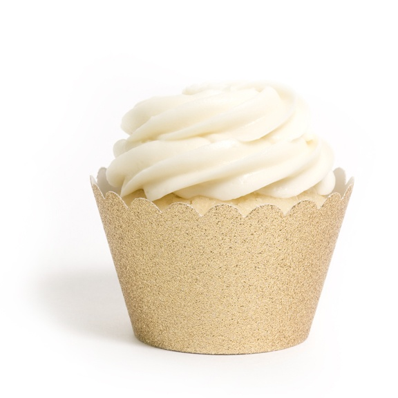 Glittery gold cupcake liners!