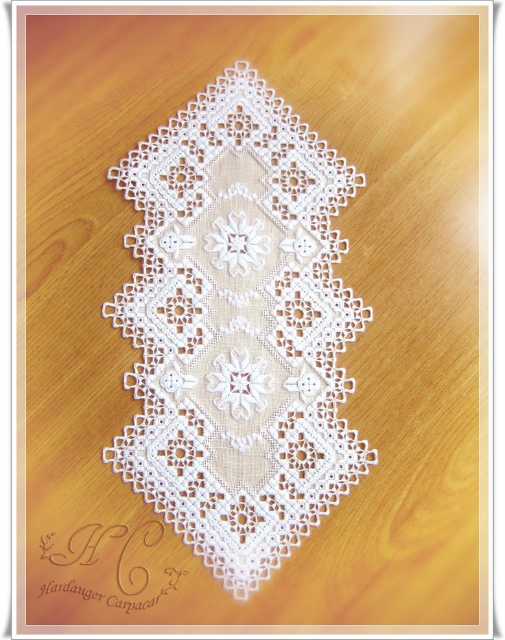 The enjoyment of the needle and the brush: Hardanger HAL Malaka, the end