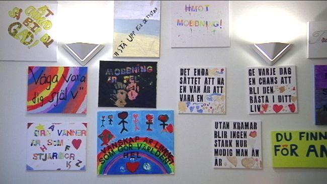 Hur står man upp för sina kompisar och uttrycker sina känslor när man är ung? På Ersängsskolan i Umeå har man under veckan haft värdegrundsarbete med barn från förskolan och upp till sjätte klass i hur man ska motverka mobbning och stå upp för varandra när många inte vågar stå upp för sig själv och sina klasskompisar.