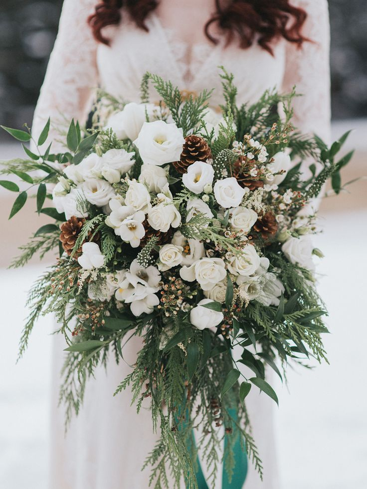 5 Stunning Ideas For Winter Wedding Bouquets Winter Wedding Bouquet Winter Wedding Flowers Winter Bridal Bouquets