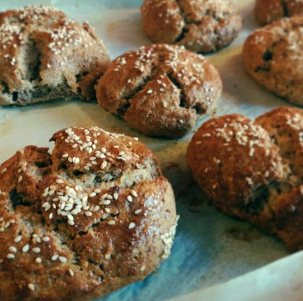 Easy Brown Bread rolls