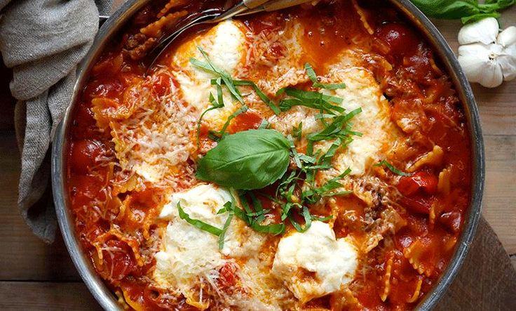 Kjøttdeig eller karbonadedeig er noe av det vi nordmenn spiser aller mest av. Prøv tacosuppe eller lynrask lasagne i panne for å få litt variasjon!