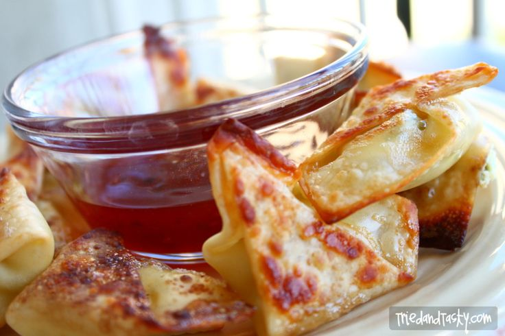 Baked Cream Cheese Wontons. For the dip, try Thai Sweet Chili Sauce, or combine 2 Tablespoons Low-Sodium Soy Sauce, 3 Tablespoons Honey, 1 teaspoon Rice Vinegar, 1/4 teaspoon Sesame Oil, 1 Tablespoon Sriracha or Other Hot Sauce.
