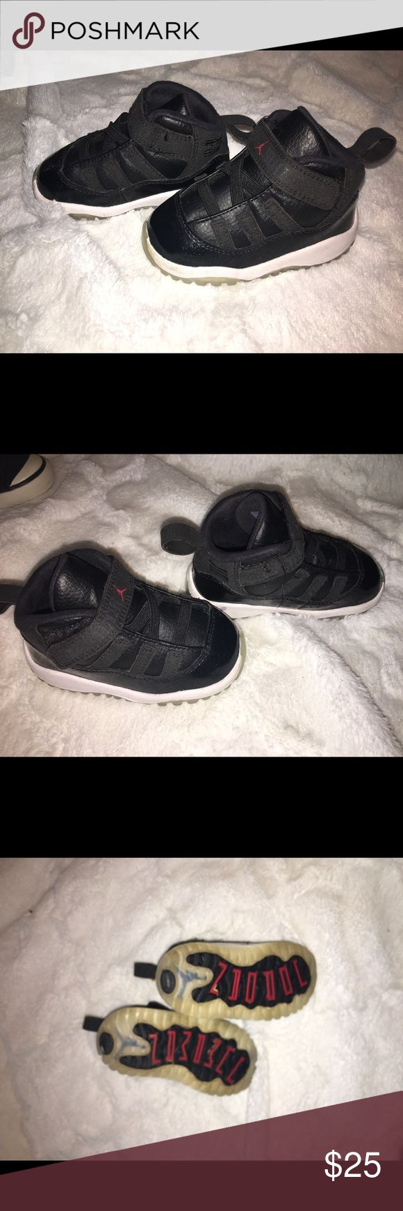 Toddler Jordans size 5c lol no fancy names here for I am not an jordan expert so lets keep this simple. Used toddler jordan shoes, still in good condition. Comes with no box Air Jordan Shoes Sneakers