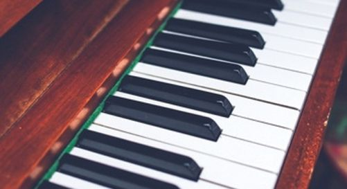 BCLEVR PORTUGAL - MUDANÇA DE PIANO