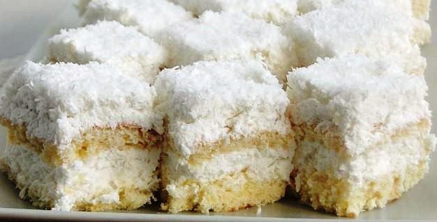 prajitura-cu-cocos-si-ananas