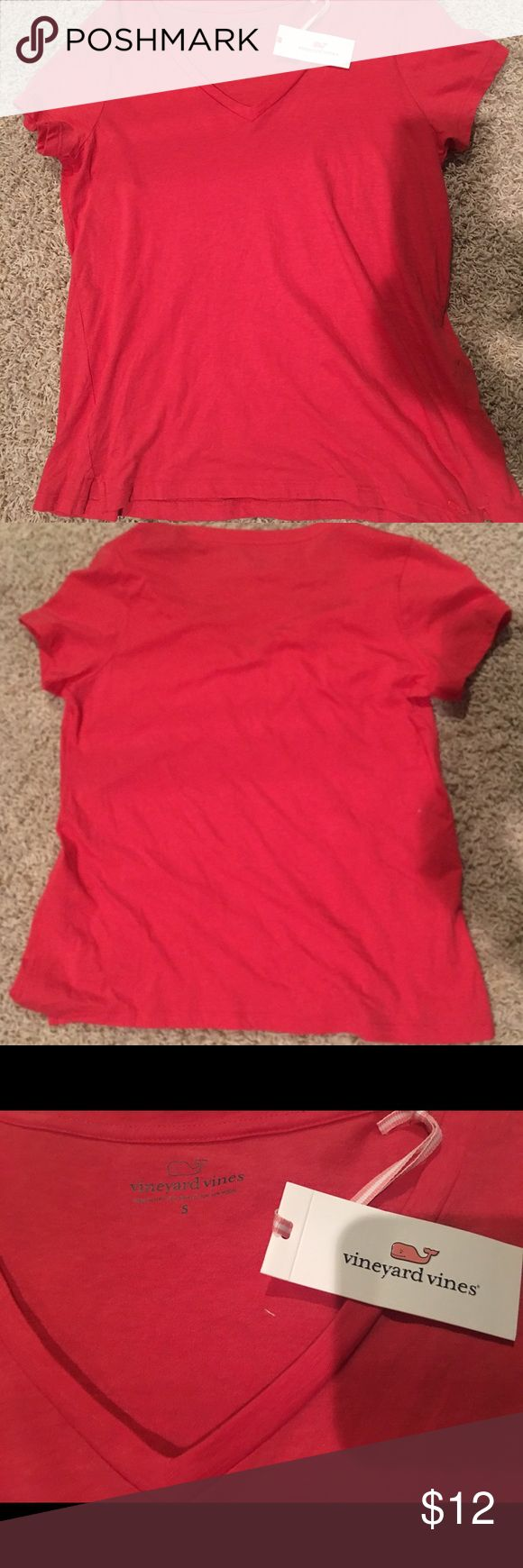 Vineyard Vines every day tee Vineyard Vines coral red every day women's tee shirt. New with tags. 100% authentic Vineyard Vines Tops Tees - Short Sleeve