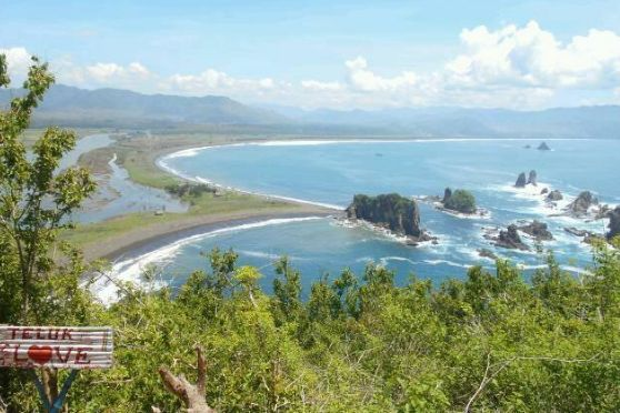 """Harga Tiket Masuk Teluk Love Jember """"Wisata Terbaik Jawa Timur"""" - http://www.bengkelharga.com/harga-tiket-masuk-teluk-love-jember-wisata-terbaik-jawa-timur/"""
