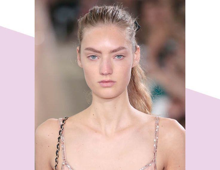 How To Wear A Rumpled Ponytail The Spring 2017 Way