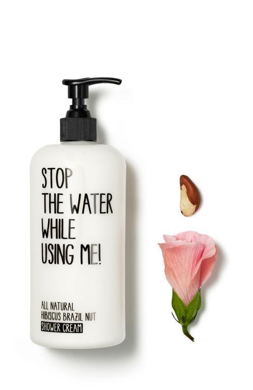 ALL NATURAL HIBISCUS BRAZIL NUT  Die exotische Kombination aus Paranuss und Hibiskus macht diese Shower Cream zu einer Blitzkur für trockene, strapazierte Haut. Die Paranuss spendet Feuchtigkeit, schützt die Haut durch das Antioxidans Selen und versorgt sie mit einem Schutzfilm gegen Feuchtigkeitsverlust.  http://www.best-kosmetik.de/marken/stop-the-water-while-using-me/all-natural-hibiscus-brazil-nut-shower-cream.html