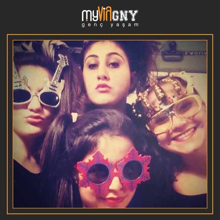 MyVia odalarında en iyi arkadaşlar bir araya gelirse tabiki eğlence ve parti başlar  Gamze hanıma paylaşımı için çok teşekkür ederiz   www.myviagencyasam.com #mygy #mgy #myviagençyaşam #izmiröğrenci #öğrenci #yurt #izmiryurt#özelyurt#izmirözelyurt #egeüniversitesi #deü#dokuzeylülüniversitesi#izmiryüksekteknolojiüniversitesi #yaşarüniversitesi#izmirekonomiüniversitesi#şifaüniversitesi #gedizüniversitesi#gedizüniversitesi #katipçelebiüniversitesi