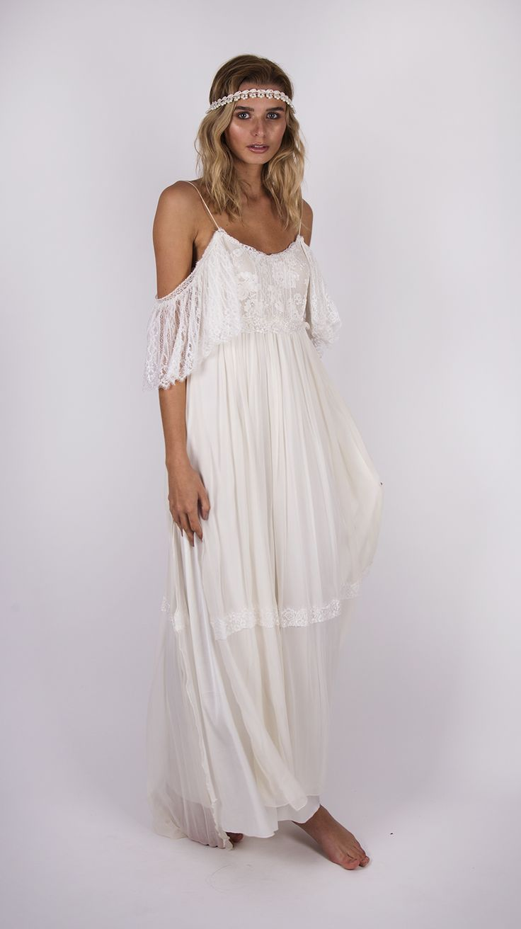 1000 images about bohemian wedding dresses on pinterest for Wedding dresses bohemian style