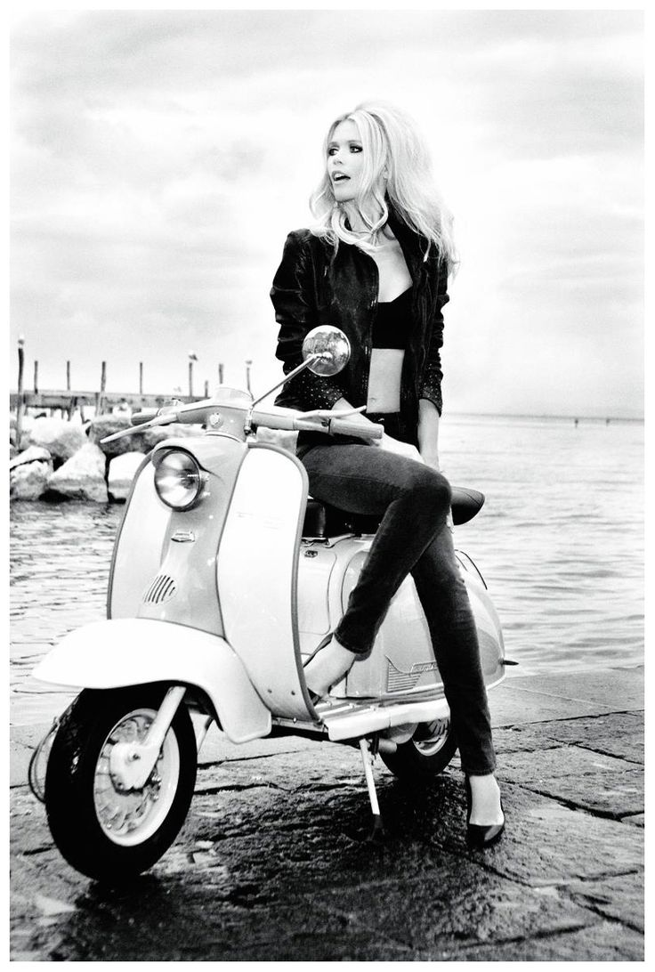 bridgette bardot on a lambretta vintage hair makeup and fashion pinterest bardot vespa. Black Bedroom Furniture Sets. Home Design Ideas