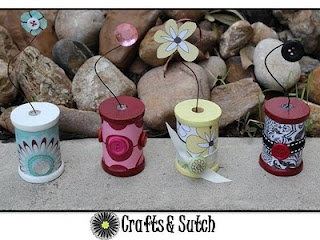 Crafts & Sutch: Two Weeks & Picture Holder: Crafts Ideas, Creative Ideas, Gifts Ideas, Diy Crafts, Buttons Ribbons Spools Thimbl, Wood Thread Spools Crafts, Holders Spools, Clever Crafts, Crafty Ideas