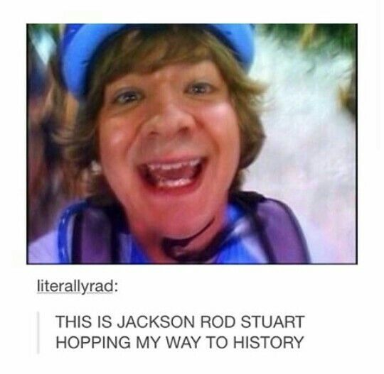 I love Jason Earles! He was my favorite on Hannah Montana. He was always so funny