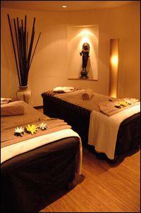 La salle de massage idéale doit comporter certains éléments. L'environnement dans lequel se déroule un massage est très important, tout aussi important que le massage lui-même. Voici quelques…