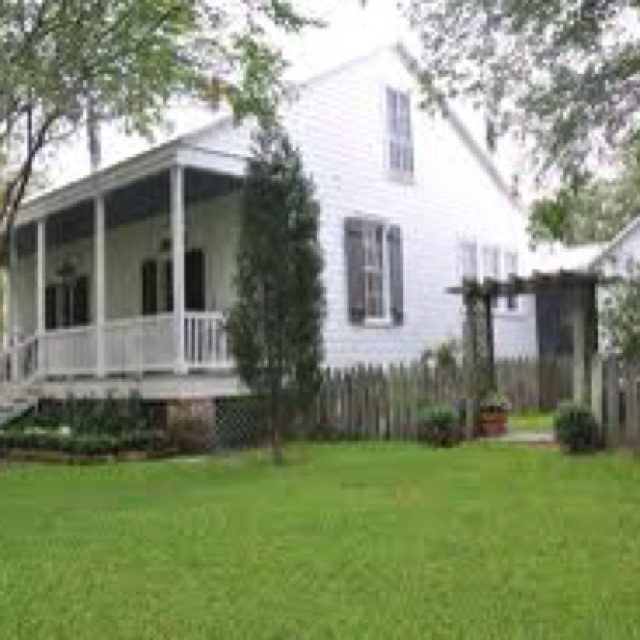 Pin By Nora Mhaouch On Dream Houses: This Is One On My Dream Homes By A. Hays Town.