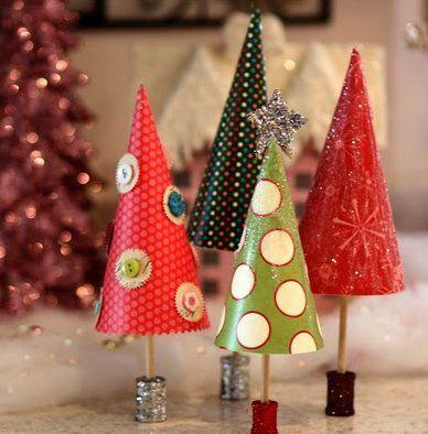 手作りペーパークリスマスツリー画像