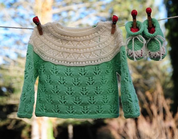 приданое на один месяц мериноса куртку и зеленые и белые вязаные тапочки ручной девять