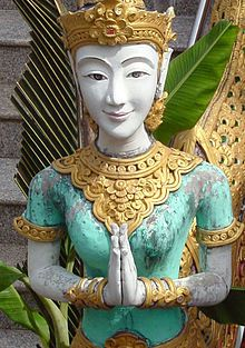 thailand culture | ... , the smile is an important symbol of refinement in Thai culture