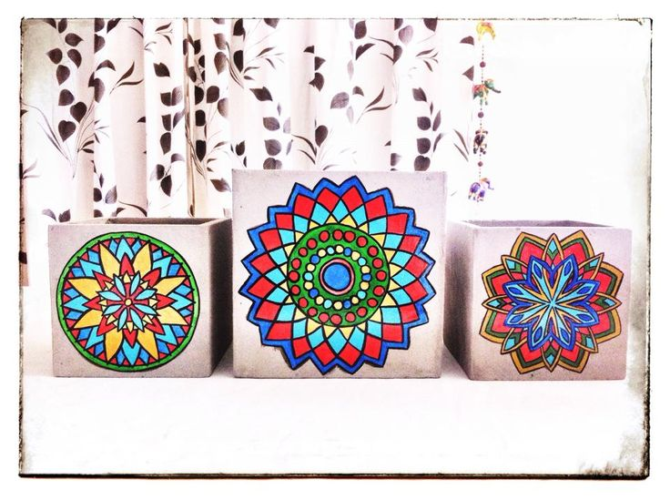 macetas pintadas a mano, fibrocemento, mandalas en colores intensos, ... a pura inspiración!!! consultá x los talleres y seminarios de intervención de macetas!!!