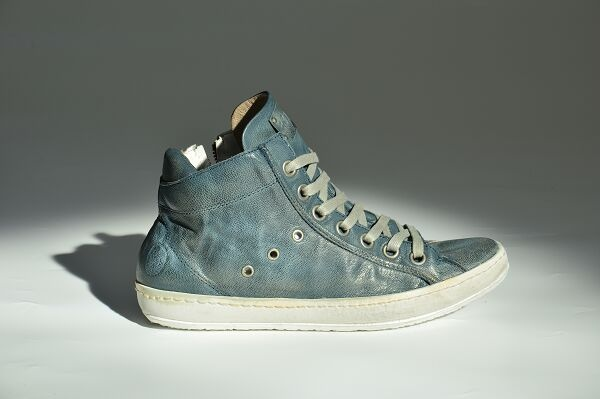 #Crime #Fashion - #Shoes #Avion